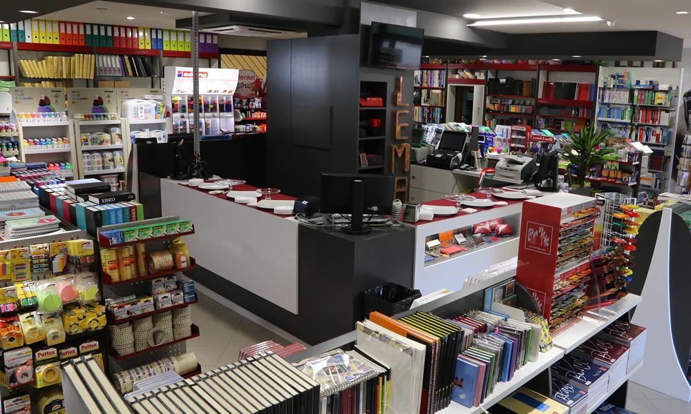 lema-san-miniato-interno-negozio-cartoleria-cancelleria-pelletteria-articoli-per-ufficio