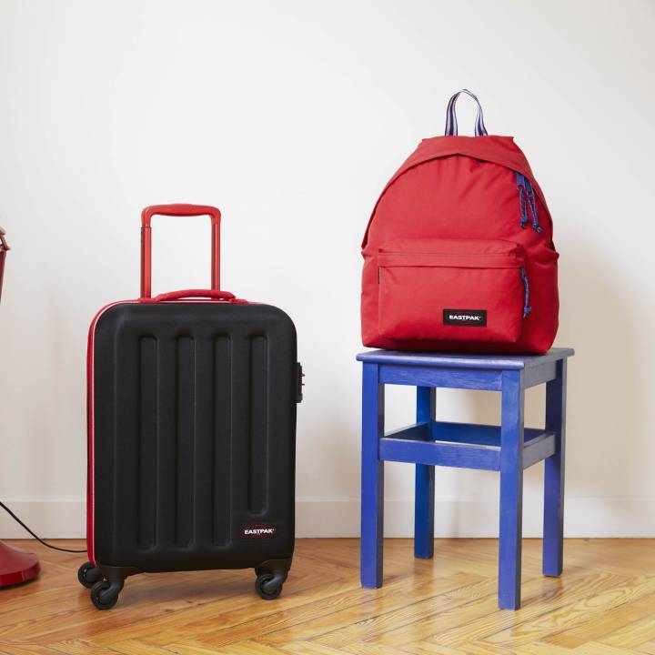 Zaino eastpak padded rosso blackout stop red 24lt lema san miniato cartoleria online con valigia